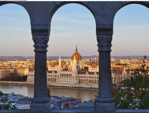 1987_zoomed_hungarian-parliament-building-danube-river-budapest-hungary